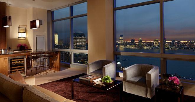 La suite más grande del Trump Soho Hotel