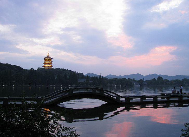 Hangzhou Famosa por sus paisajes naturales