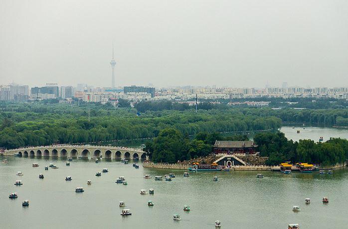 Kunming es el transporte, el centro económico, industrial y cultural del sudoeste de China